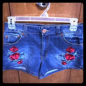 Almost Famous Jean Shorts High Rise 5